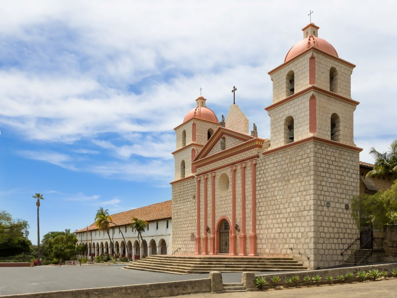 architecture-santa-barbara-cathedral-2013