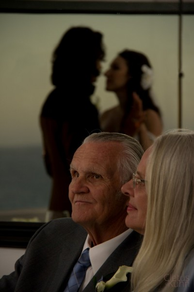 chris-romo-sonia-maslovskya-wedding-malibu-beach-california-2012-086